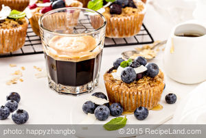 Quaker's: Lemon Blueberry Oatmeal Muffins