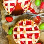 Homemade Strawberry-Rhubarb Pie