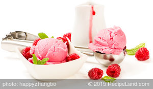 Cranberry Raspberry Ice Cream