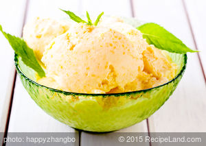 Quick Peach Ice Cream