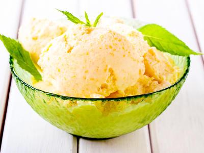 Quick Peach Ice Cream