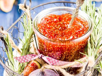 Fig or Strawberry Jam
