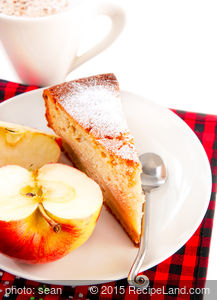 Applesauce Breakfast Cake