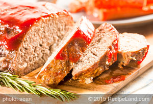 German Applesauce Meatloaf