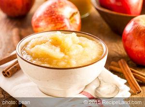 Crockpot Home Style Chunky Applesauce