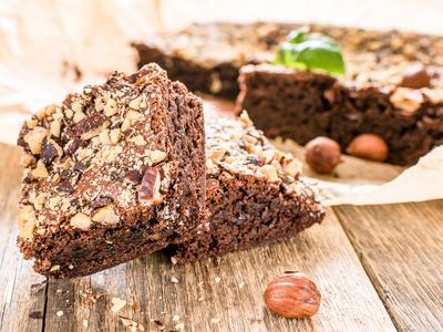 Hazelnut Chunk Brownies*
