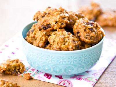 Cinnamon Applesauce Oatmeal Fat-free Cookies