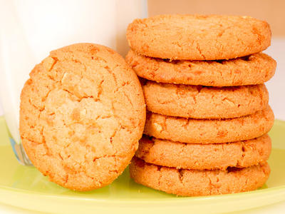 Mom's Favourite Peanut Butter Cookies