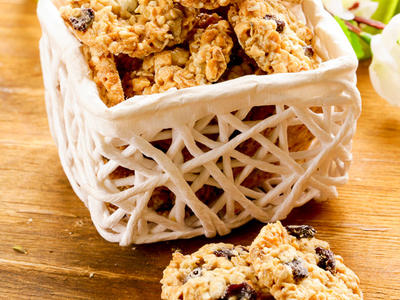 Oatmeal Raisin Drop Cookies