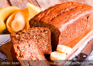 Favorite Applesauce Banana Bread