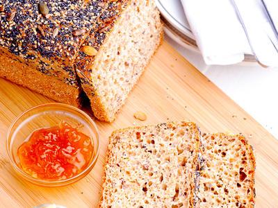 Light Whole Wheat Bread (bread machine)