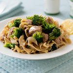 Pasta with Tuna, Broccoli, and Onion