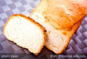 Applesauce Classic White Bread