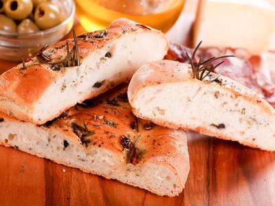 Italian Onion Flat Bread (Focaccia)