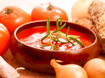 Herbed Fresh Tomato Soup