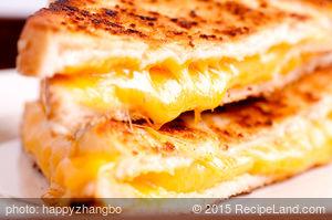 Goey Crispy Grilled Cheeser Sandwiches