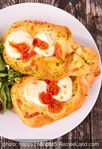 Pesto, Tomato and Mozzarella Focaccia