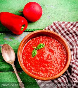 Easy and Yummy Gazpacho