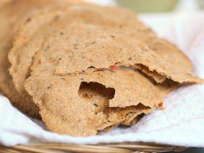 Multigrain Pita Bread with Sun Dried Tomato