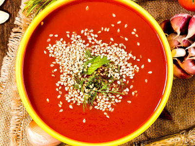 Rich Tomato and Rice Soup