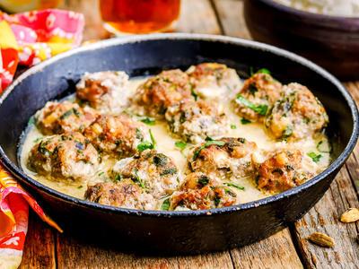 Batter-Dipped Fondue Meatballs
