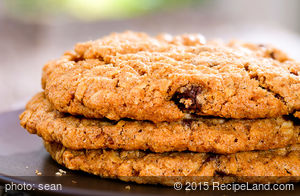 Yummy Crunchy Chocolate Chip Cookies