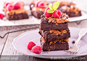 Brownies with Peanut Butter Topping