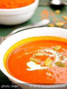 Madelaine's Tomato Basil Soup
