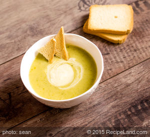 Black-Eyed Pea's Broccoli-Cheese Soup