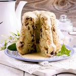 Mom's Applesauce Raisin Spice Cake