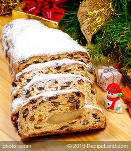 Dark Christmas Cake