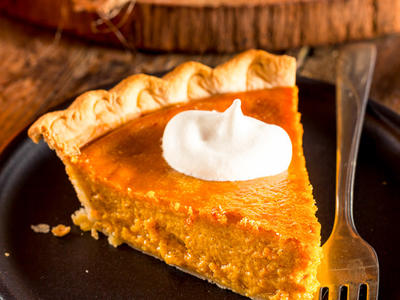 Easy Pumpkin Nut Pie