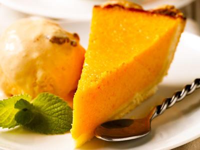 Yummy Pumpkin Chiffon Pie