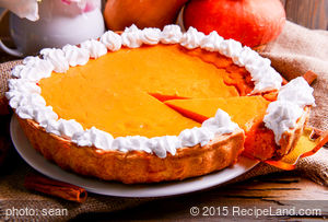 Pumpkin Pie with Ginger Cookie Crust