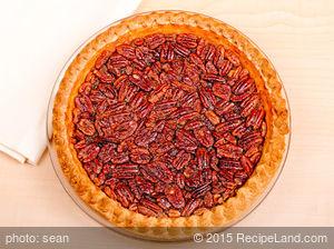 Super Maple Pecan Pie