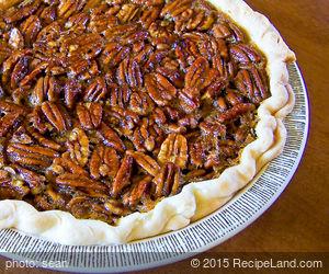 Classic Easy Pecan Pie