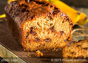 Eggless Banana-Chocolate Bread