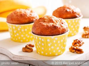 Banana Whole Wheat Walnut Muffins