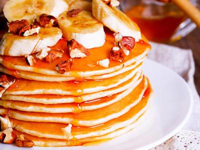 Ahmad Rashad's Banana Pancakes
