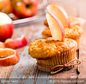 Apple Bran Spice Muffins
