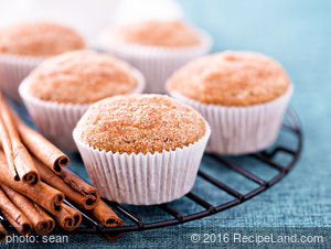 100% Whole Wheat Apple Muffins