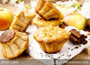 Moist Applesauce Muffins
