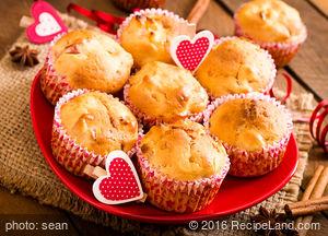 Apple-Hazelnut Muffins