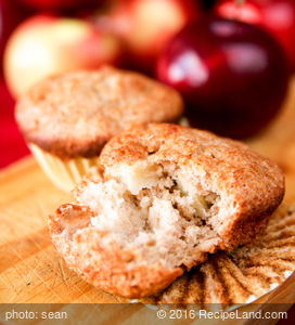 Whole Grain Bran Apple Muffins