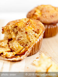 Texas French Bread's Fresh Apple Muffins