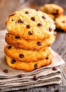 Oatmeal Mini Chip Cookies