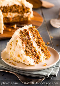 Mom's Best Carrot Cake