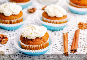 Carrot Raisin Cupcakes