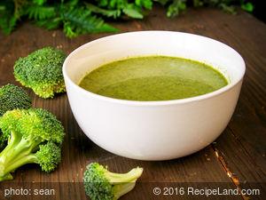 Daddy's Creamy Broccoli Soup