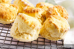 Breakfast Easy Buttermilk Biscuits